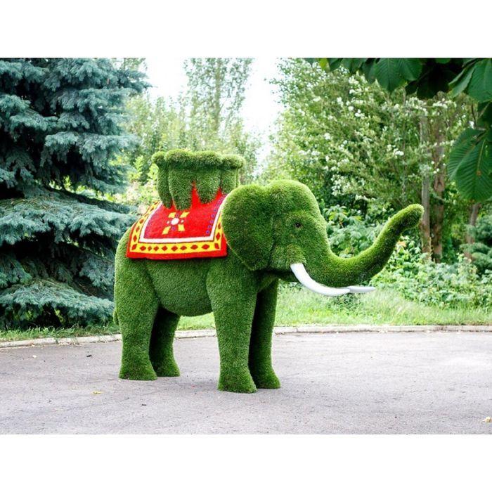 """Топиар фигура """"Слон с цветной попоной и вазой на спине"""""""