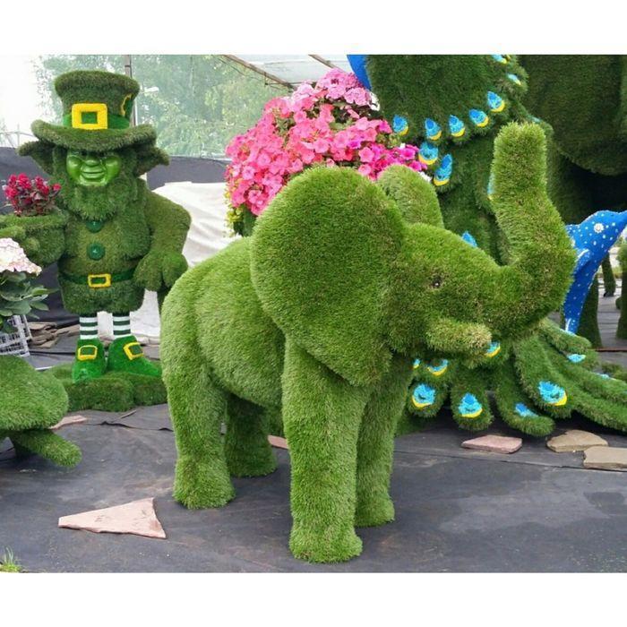 """Топиар фигура """"Лопоухий слоник с поливом"""""""